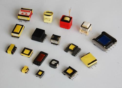 薄型载带用于电子元器件的贴装